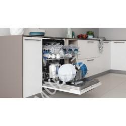 Встраиваемая посудомоечная машина Indesit DIE 2B19 A